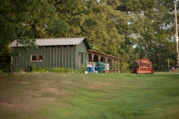 Mt Laurel's spacious 25-acre organic farm boasts radishes, beets, and potatoes in the spring.